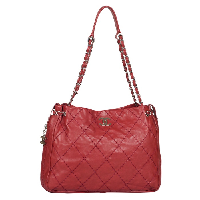 31b84131dce2 Chanel Stitched Lambskin Expandable Tote in Red from Luxe Purses