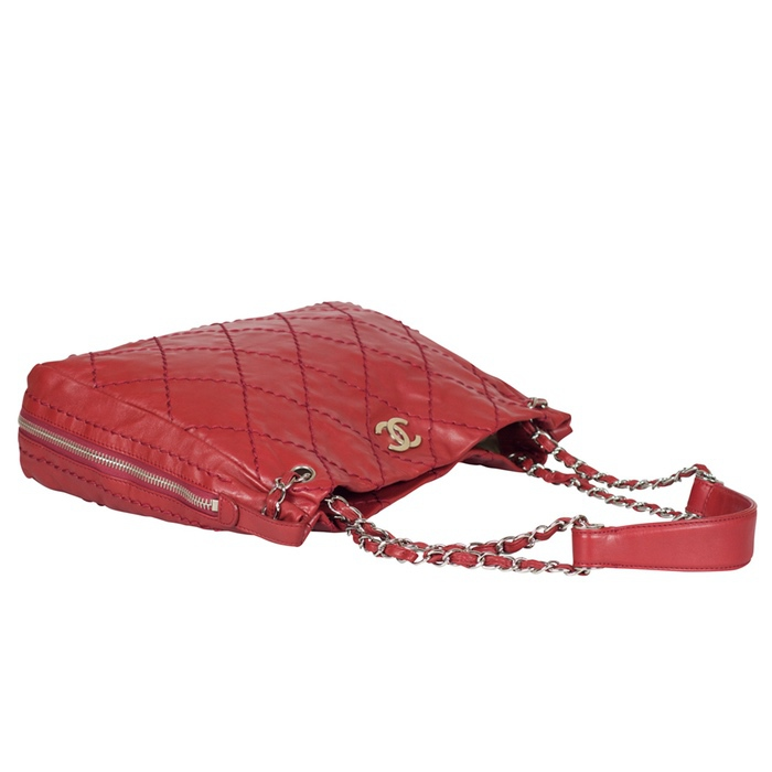 Chanel Stitched Lambskin Expandable Tote in Red from Luxe Purses